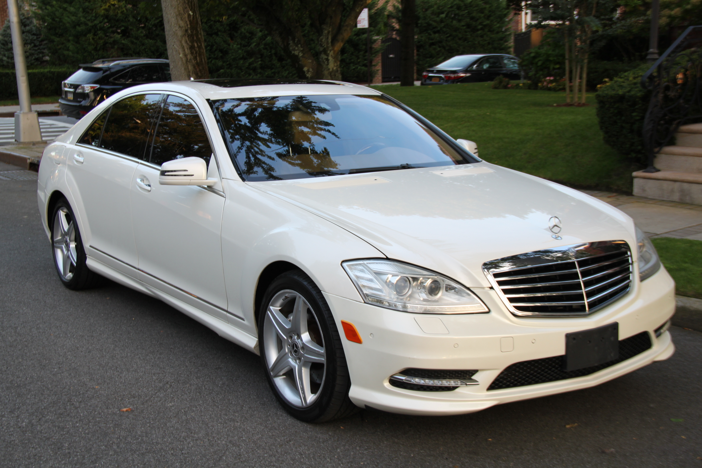 Buy Used 2010 MERCEDES S550 4MATIK SPORT AMG for $22 900 ...