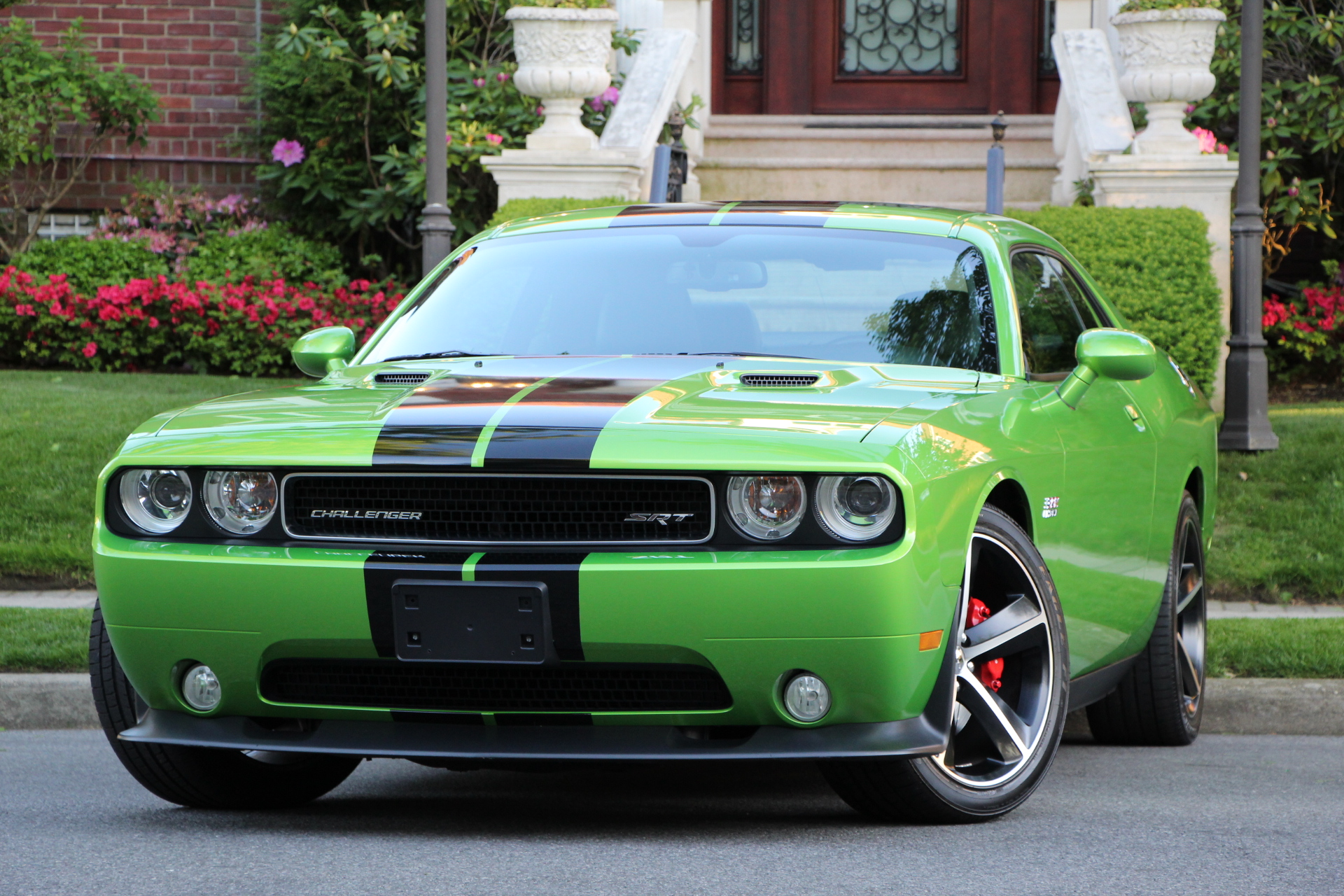 Buy Used 2011 Dodge Challenger Srt8 392 Edition For 37 900 From Trusted Dealer In Brooklyn Ny