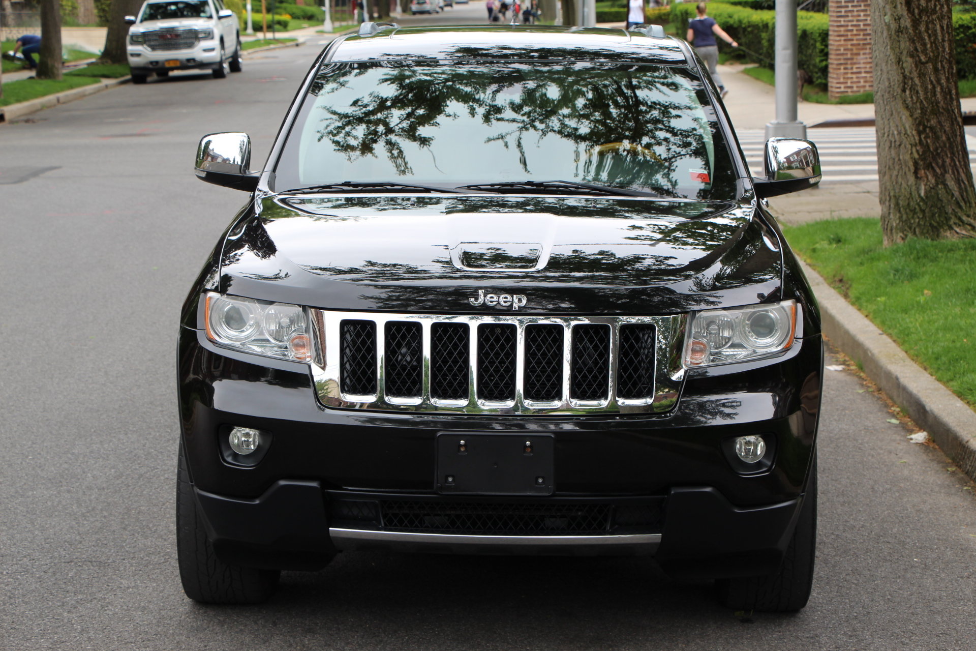Buy Used 2012 JEEP GRAND CHEROKEE 5.7L V8 HEMI OVERLAND ...